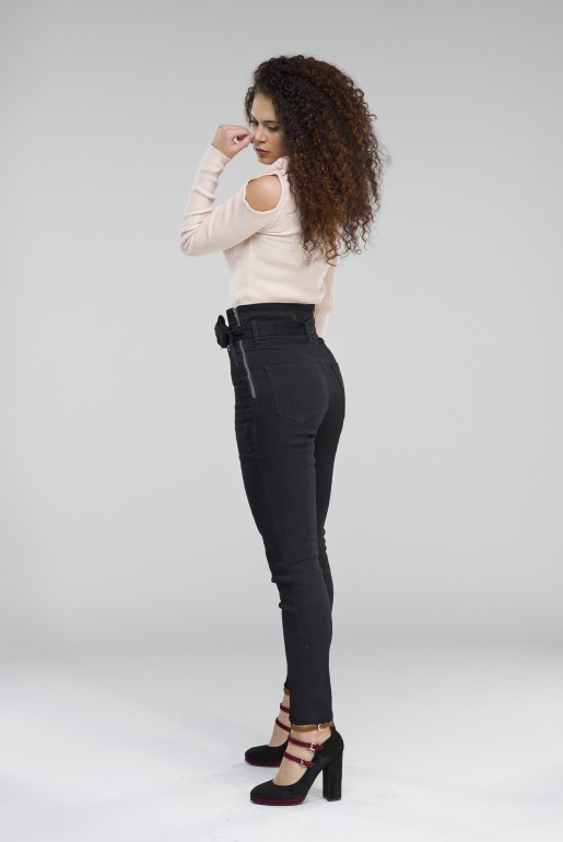 BOW COLD SHOULDER JUMPER - Image 3
