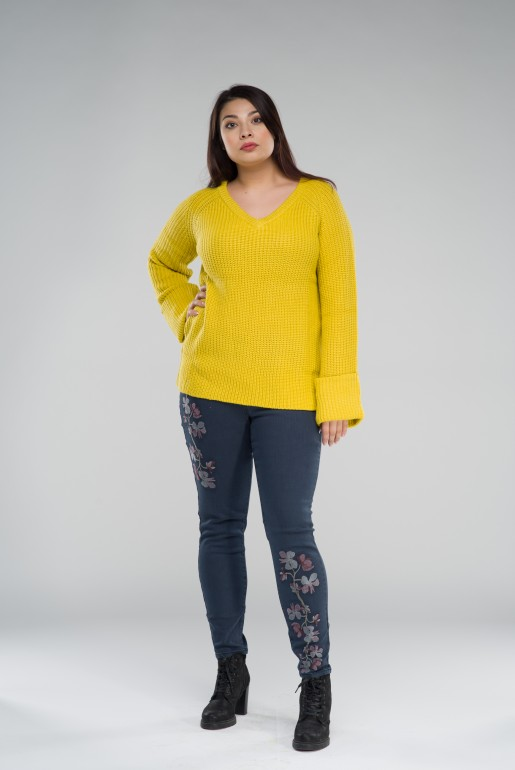 CHUNKY JUMPER WITH V NECK - Image 5