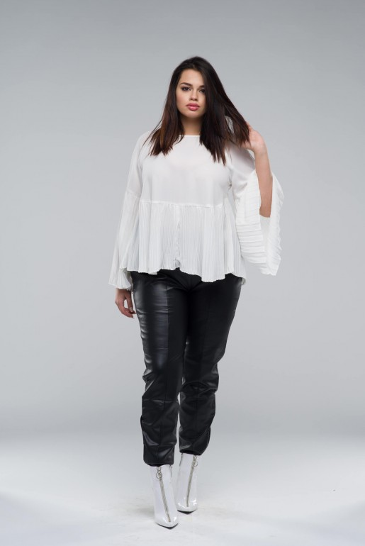SMOCK TOP WITH PLEATED HEM