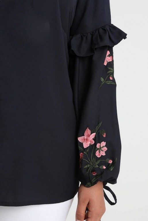 SHIRT WITH EMBROIDERED SLEEVES - Image 5