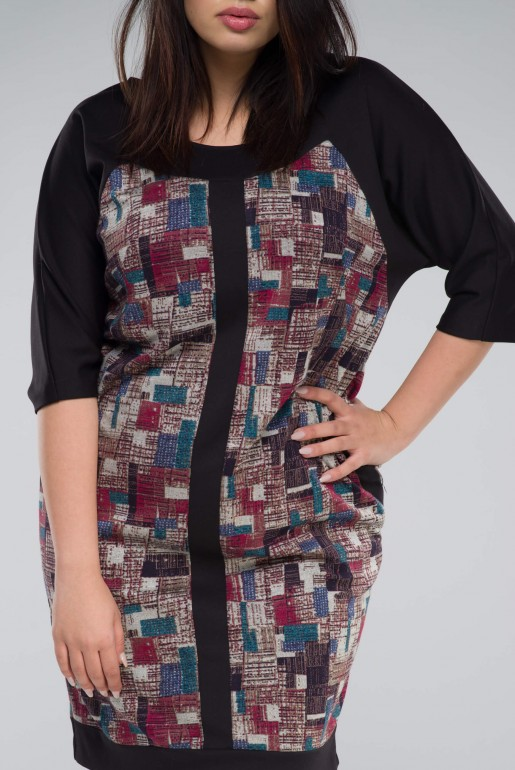 DRESS IN GEOMETRIC PRINT