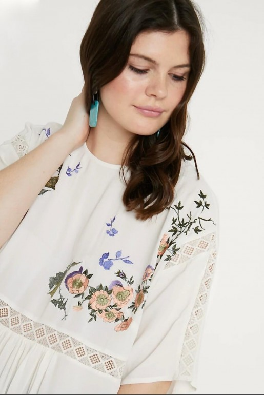 SMOCK TOP WITH BLOSSOM EMBROIDERY