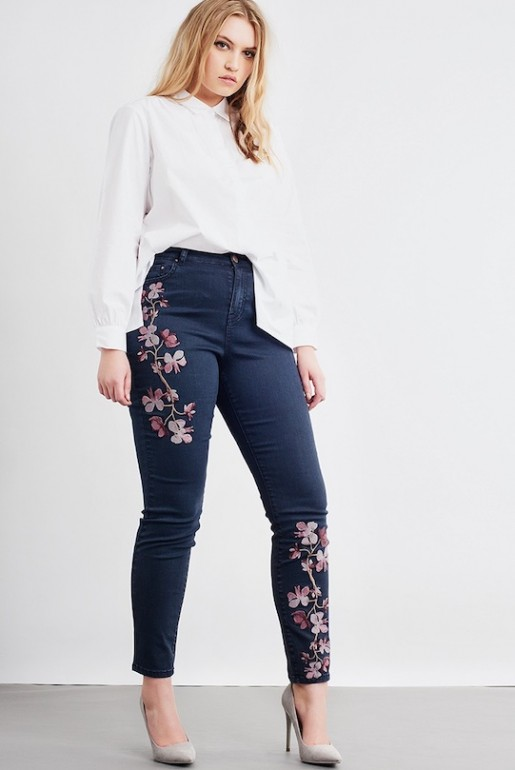 SKINNY JEAN WITH FLOWERS - Image 1