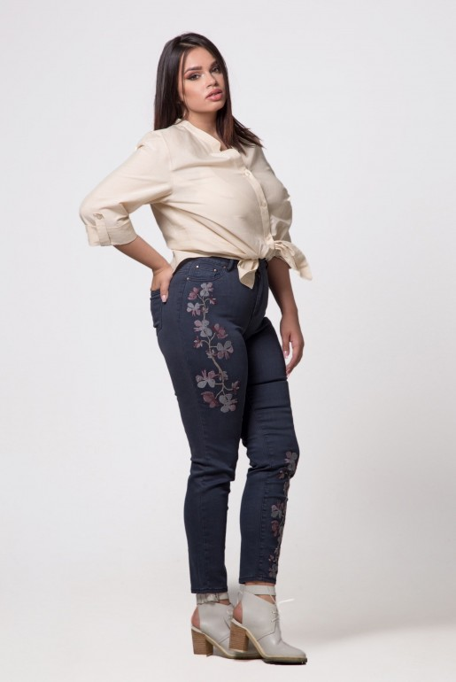 SKINNY JEAN WITH FLOWERS - Image 3