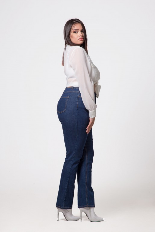 BOOTCUT JEAN IN LICORICE