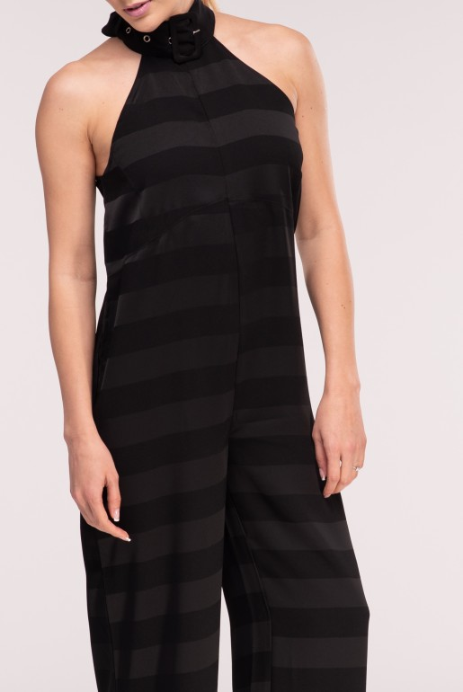 HALTER BUCKLE NECK JUMPSUIT
