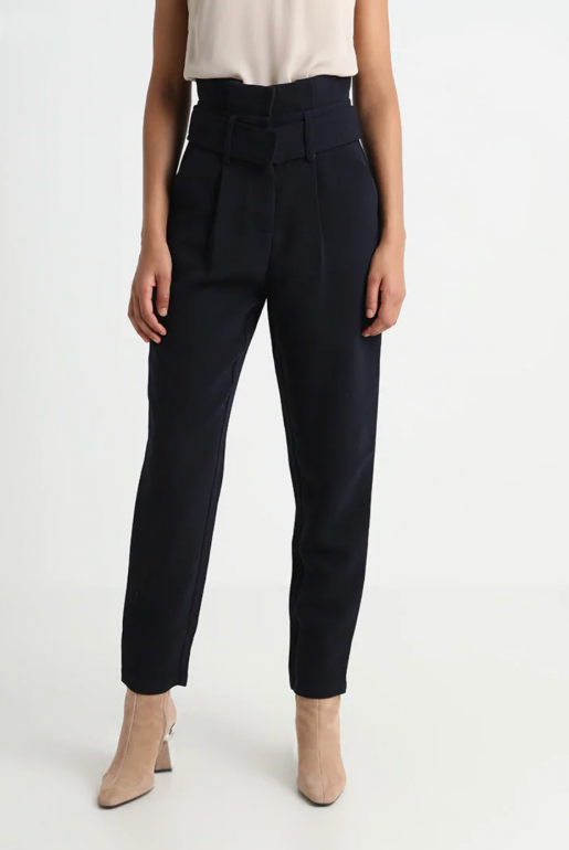 TAILORED PEG TROUSER