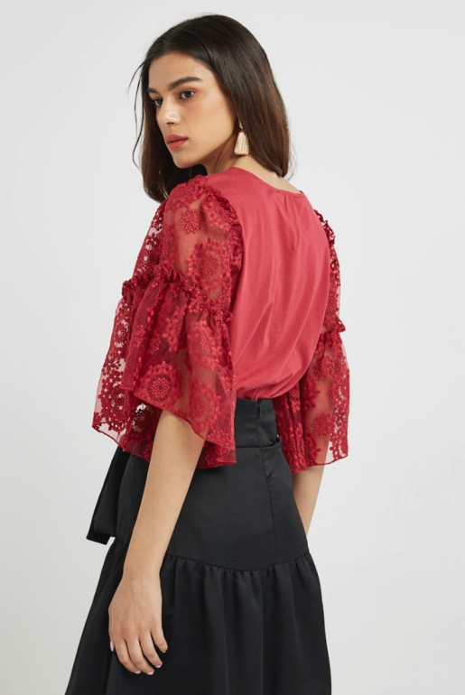 Embroidered lace sleeve t-shirt